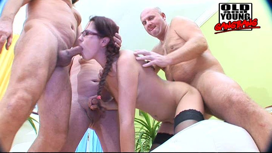 lesbian licking hairy pussies